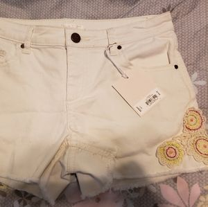 NWT White Embroidered Lauren Conrad Shorts